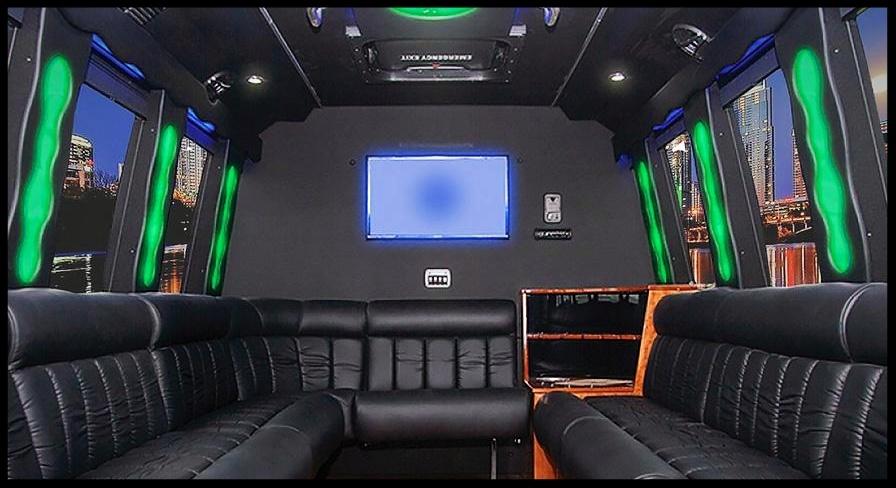 limo bus -088767-edited.jpg