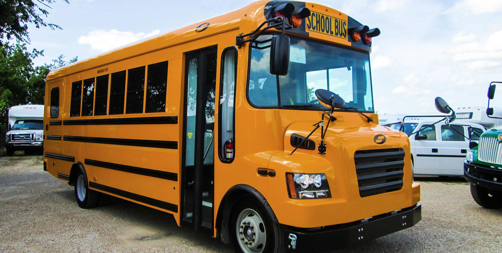 slideshow-schoolbus-type-b-1.jpg