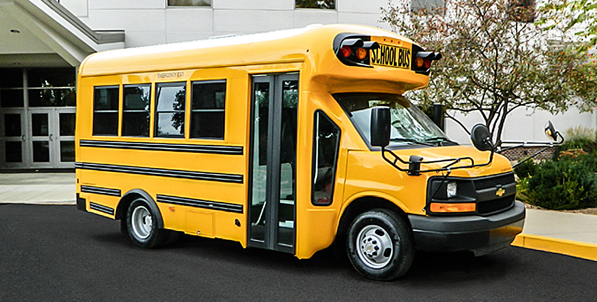 slideshow-schoolbus-type-a_questdrw3.jpg